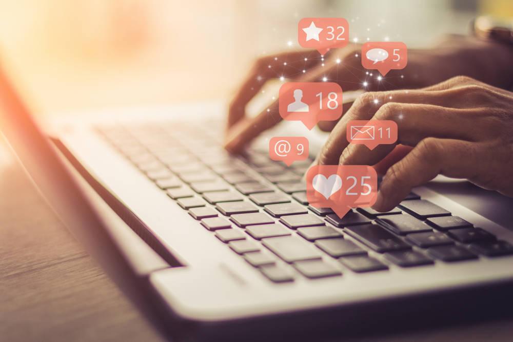 Las profesiones del futuro giran entorno al marketing y las TIC