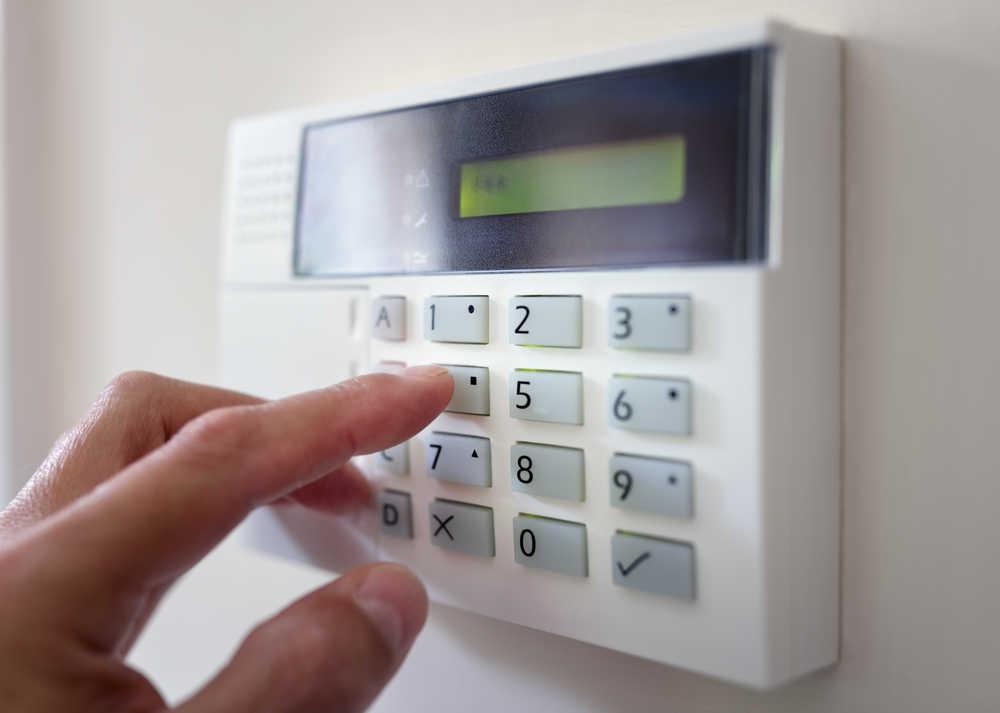5 razones por las que deberías instalar una alarma en tu negocio